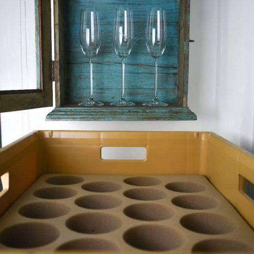 Metódicos con las piezas más frágiles del hogar en su almacenaje.