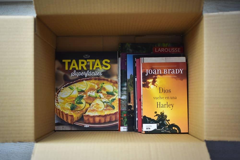 Embalaje y traslado de libros.